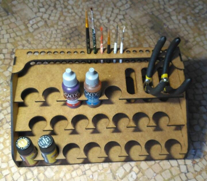Стойка для красок, кистей и инструментов